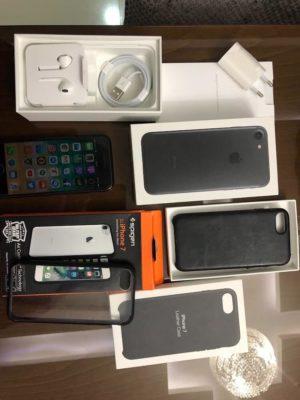 Iphone 7 32gb black mate tout neuf chargeur et kit original emballé