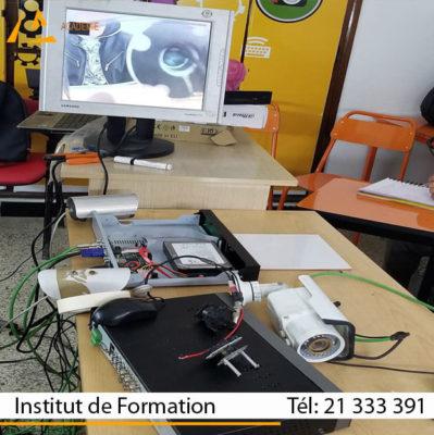 صيانة الحاسوب و الهاتف الجوال و نظام المراقبة