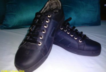 A vendre chaussures neuves