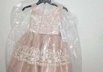 A vendre robe cérémoniale