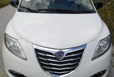 Fiat lancia ypsilon