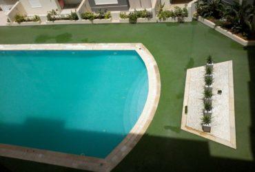 Petit appart dans une résidence avec piscine privée
