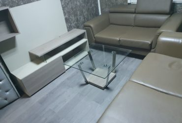 SALON CUIR, LIVING TV et TABLE BASSE A VENDRE