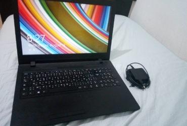 PC portable lenovo avec chargeur d'origine
