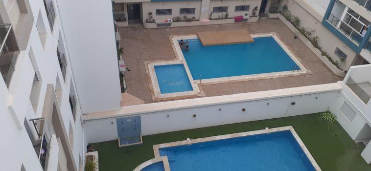 S+2 meublé, équipé et gardé avec piscine près de la mer et de toutes commodités
