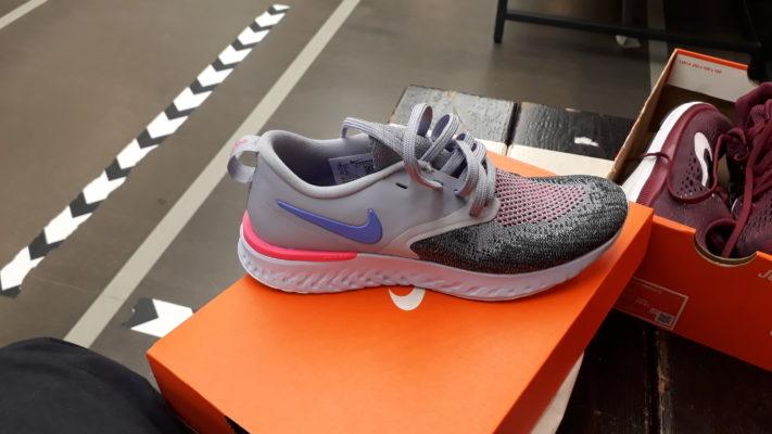 Nike Odyssey React Flyknit 2 Femmes