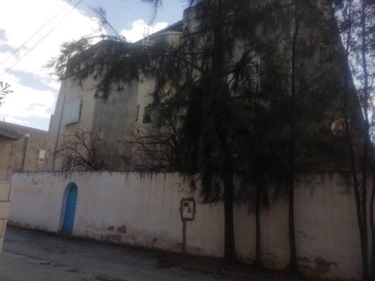 Villa  de 3 étages a vendre